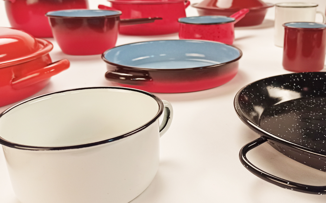 9 tips to take care of your enameled steel pots and pans.